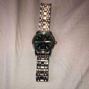 Lavaredeo Quartz Watch